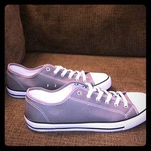 NEW Men's OT Revolution Casual Sneakers Size 11